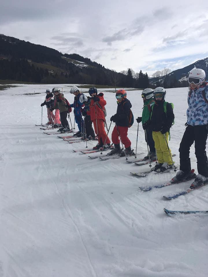 Groepsfoto ski kamp